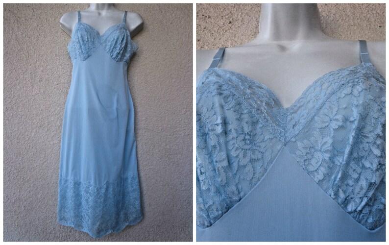 c0e6b8d96c2 1950s Vanity Fair FULL SLIP. Silky Nylon Slip. Vanity Fair