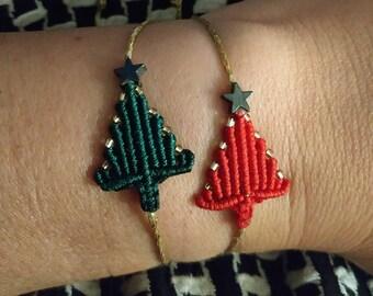 Xmas tree bracelet, macrame tree gift, drawstring bracelet, festive season, holiday gifts, Christmas jewelry, family gifts, woodland charms