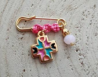 Keepsake token for baby girls, cross pin
