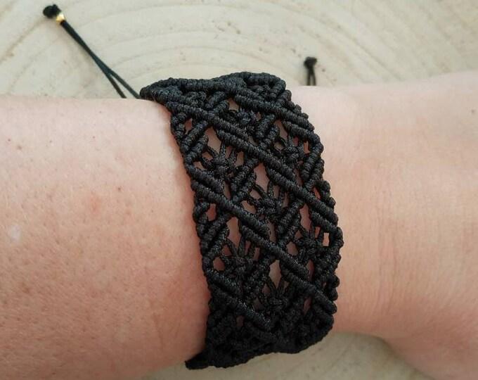 Black knotted macrame bracelet