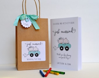 Personalized Kids wedding activity bag, Children wedding favor bag, Kids activity book, Kids wedding table, Activity bag, Coloring book