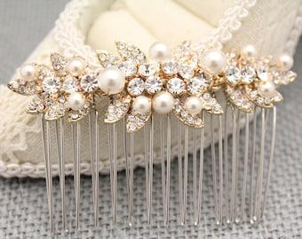 Bohemian Bridal hair accessories Gold hair comb Bridesmaid hair comb Wedding hair pins Boho Bridal hair comb Wedding hair piece Pearl hair