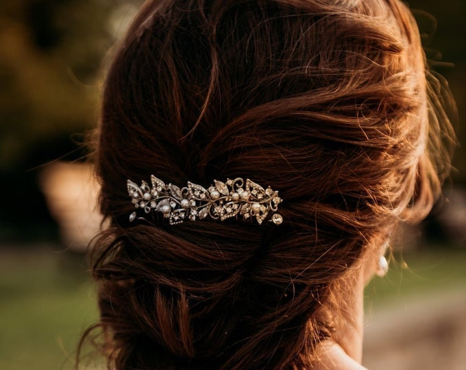 Featured listing image: bridal hair comb pearl silver Wedding hair comb Vintage style Wedding comb Crystal Bridal comb Wedding hair piece Floral Bridal hair clip