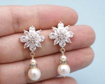 Bridal Earrings Chandelier,Wedding Earrings Chandelier,Bridal Jewelry Pearl earrings,Wedding jewelry set,Bridesmaid earrings,Prom earrings