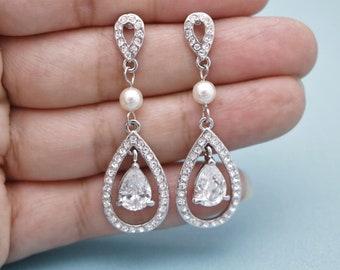 Bridal Earrings,Statement Crystal Earrings,Wedding Earrings for Brides,wedding earrings chandelier Bridesmaid earrings Swarovski pearl Prom