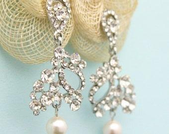 Bridal Earrings,Drop Pearl Earrings,Ivory Pearl Earrings,Wedding Earrings,Bridal Jewelry,Bridal crystal and pearl earring,Bridesmaid earring