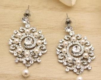 Vintage Style Statement Bridal Earrings,Weddings Earrings,Crystal Chandelier Earrings,Hollywood Chandelier Earrings,Bridesmaid pearl earring
