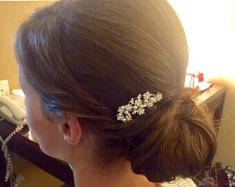 Crystal hair comb,Pearl hair accessory,Wedding comb,Rhinestone hair piece,Wedding hair comb,Bridal hair clip,Wedding headpiece,Bridal comb