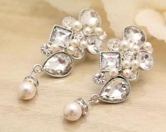 Crystal Bridal Earrings,Long Wedding Earrings,Chandelier Bridal Earrings,Swarovski Pearl Earrings,Bridal jewelry set,Crystal earrings pearl