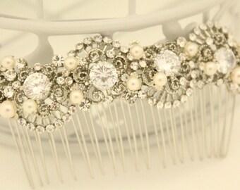 Wedding hair comb gold Bridal hair accessories silver Wedding comb pearl Bridal hair piece floral Wedding hair clips vine Bridal comb Boho