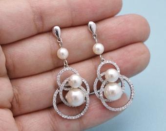 bridal earrings pearl Crystal Bridal earrings Pearl drop Wedding earrings Bridal jewelry Chandelier earrings Swarovski crystal earrings Prom