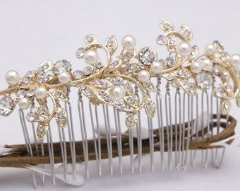 wedding comb gold Wedding hair comb Pearl wedding hairpiece vintage style Bridal hair comb Crystal hair comb Wedding headpiece Bridal comb
