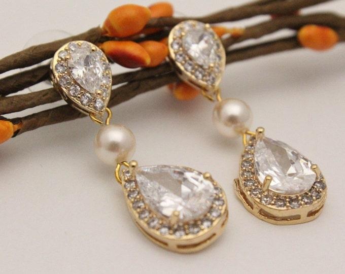 Featured listing image: Wedding Earrings,Bridal Earrings,Pearl Drop Earrings,Crystal Bridal Earrings,Rose Gold Earrings,pearl earrings,Bridesmaid earrings,Prom Boho