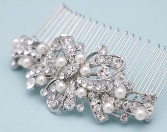 bridal comb vintage style Wedding hair comb Pearl hair comb Wedding head comb Crystal Bridal hair comb Rhinestone hair comb Bridal hair clip