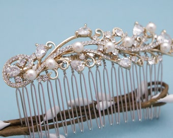 Vintage style Wedding hair comb Gold Wedding comb Rose gold Bridal hair comb Pearl hair piece Wedding hair jewelry Bridal hair clip Crystal