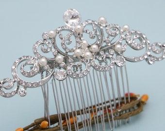 wedding hair comb silver hair comb Swarovski pearl Bridal hair comb Wedding hair piece Bridal hair jewelry Crystal hair comb Wedding comb