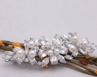 wedding hair accessories pearl hair comb Wedding hair pins Bridal hair piece Wedding hair jewelry Crystal hair comb Bridal hair comb Prom
