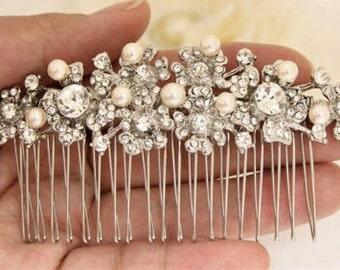 wedding headpiece crystal hair comb Bridal hair comb Pearl hair comb Wedding hair comb Bridal hair accessories Wedding comb Boho hair comb