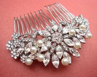 wedding hair piece,pearl bridal comb,bridal headpiece,wedding  hair accessories,weddings bridal accessories hair,wedding hair comb,crystal