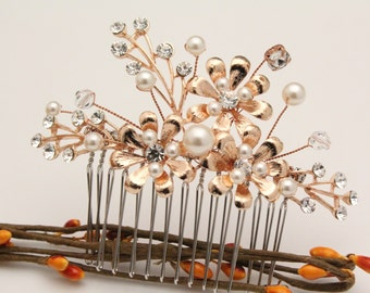 wedding hair comb pearl and crystal hair pins Wedding hair accessories Vintage style Wedding comb Rose gold Bridal hair comb Rhinestone comb