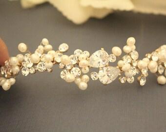 Rose gold headband,Wedding hair vine,Bridal hair accessories Pearl headband,Wedding hair jewelry,Bridal hair vine,boho hair vine Crystal