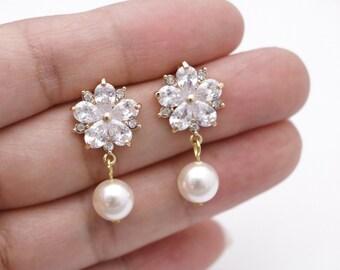 bridal drop earrings,crystal drop earrings,wedding earring,bridal cz vine earring,vine wedding earrings,crystal bridal earrings,Prom earring