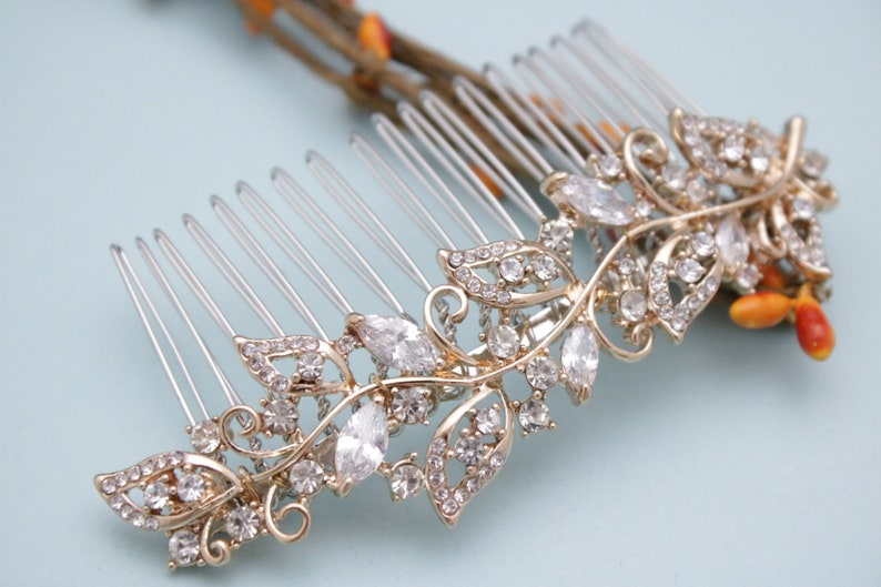 Wedding headpiece boho hair comb Vintage style Wedding hair comb Crystal Bridal hair comb Rhinestone Wedding comb Something blue Bridal comb