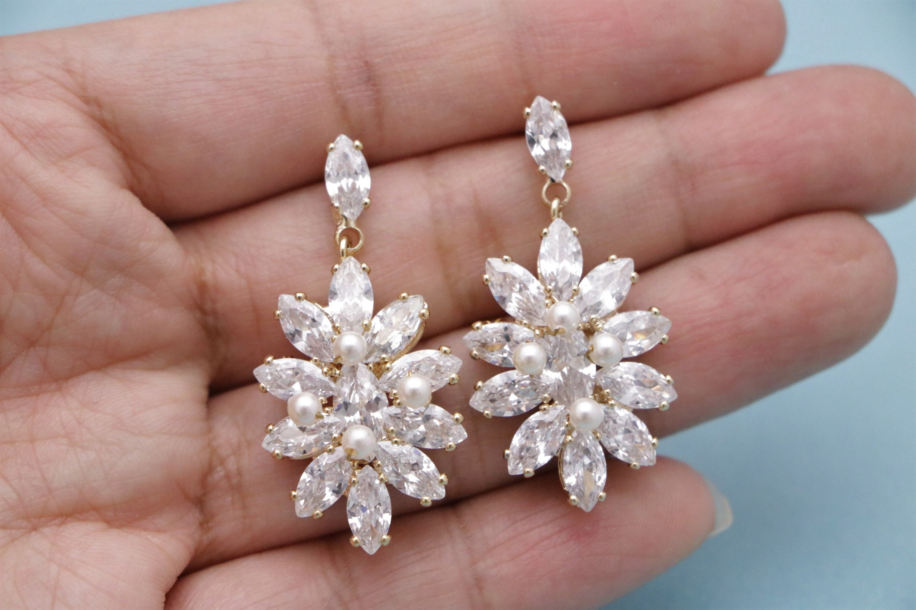 Vintage Chandelier Wedding Beauty Dangle Rhinestone Drop Earrings Crystal