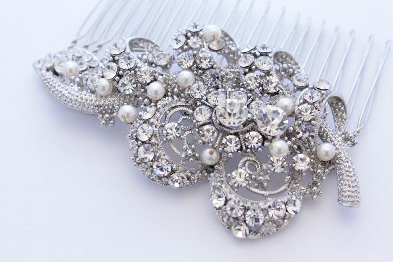 Vintage Inspired  Pearls bridal hair comb Swarovski pearl image 0