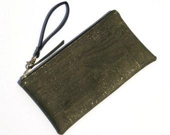 Cork Clutch Olive Green with Metallic Gold. Cork Handbag. Cork Wristlet Clutch. Vegan Leather Purse. Vegan Clutch Wrist Strap. Cork Gift