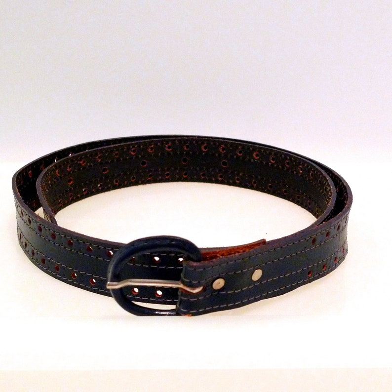 narrow belt Size Small Dark blue belt vegan belt Vintage 5 holes  textured belt
