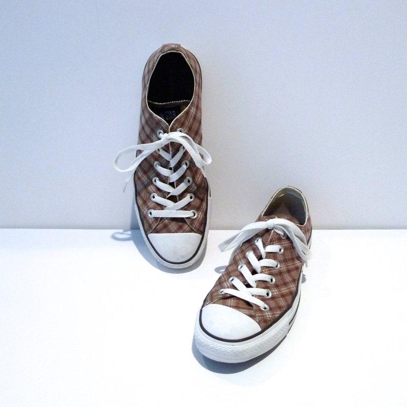 bffeedb4daa9 Brown  White Plaid Converse Low tops Vintage Chuck Taylor All