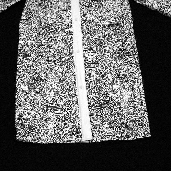 Pleasing Paisley Vinyl Raincoat Vintage Aqua Queen Black And White Mod Rain Slicker 1960S British Space Age Outerwear Large Xl England Print Forskolin Free Trial Chair Design Images Forskolin Free Trialorg