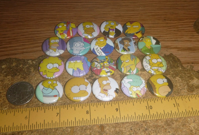 THE SIMPSONS 19 one inch pin back buttons badge set