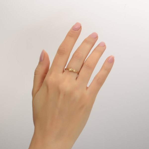 Platinum Leaves Ring Platinum Ring dainty leaf ring image 3