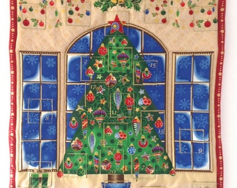 Advent Calendar Christmas Tree Quilted with Pockets