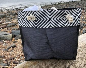 Beach Bag Tote, Beach Bag for Woman,  Large Beach Tote, Beach Tote, Summer Bag, Black and White Geometric Pattern