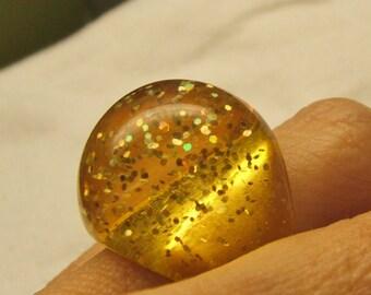 vintage yellow confetti lucite bubble ring retro 70s glitter sparkle