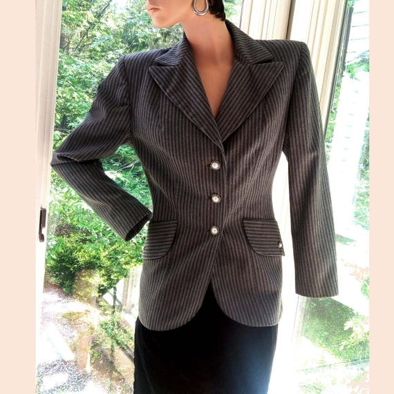 CLEARANCE 1940s Vintage Womens Fitted Suit Jacket