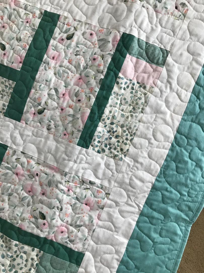 """Floral rose/Menthe Vert - Lap Quilt - 55"""" x 72.5"""" - Contemporain/Moderne - Prêt à expédier"""
