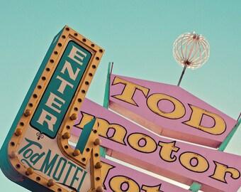 Tod Motor Hotel Neon Sign, Pink Wall Art, Las Vegas Art, Neon Sign Print, Motel Sign, Motel Print, Neon Art, Pastel Home Decor