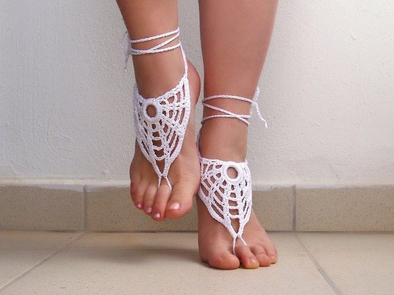 Crochet White Barefoot Sandals Nude shoes Foot jewelry  e0fcb46be945