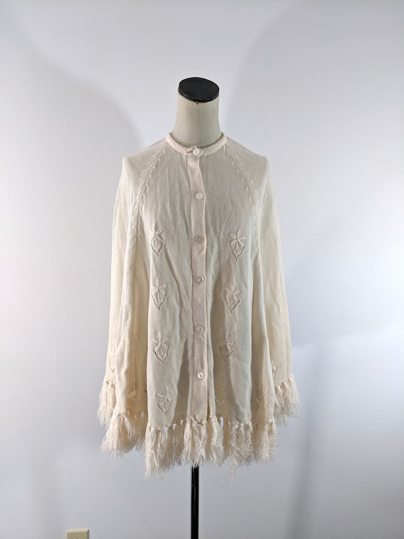 Glentey Butter Cream Poncho with Fringe Sleeves Button Front Cable Knit
