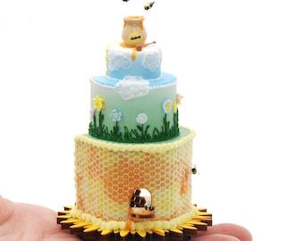 Honeybee Happy Cake House Kit