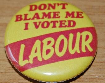JEREMY CORBYN JUST DO IT ENAMEL PIN BADGELABOUR UK POLITICSBREXIT EU