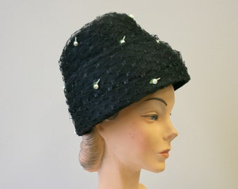 5195b6a243407 1960s Black Tulle Beehive Hat with Tiny White Flowers