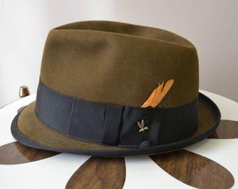 82408af3c425ef 1950s Champ Brown Felt Trilby Fedora, Size 7 1/8