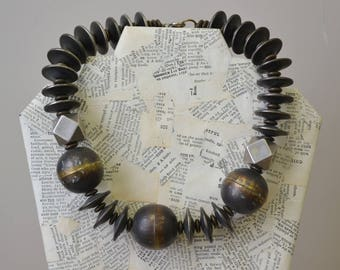 1980s Chunky Bead Necklace
