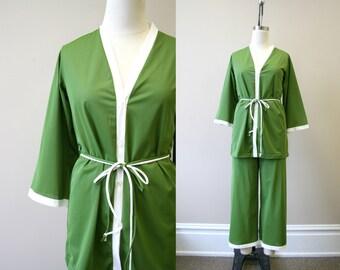 0427af0b6 1970s pajamas