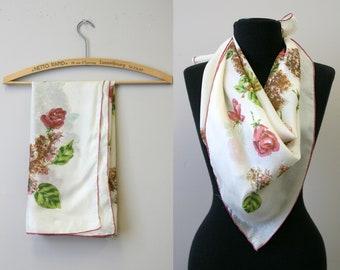 532397c431e 1950s Rose Floral Silk Blend Scarf